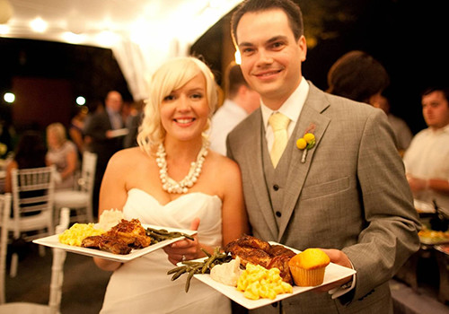 Party Catering Services North Royalton OH - Famous Dave's - catering-callout-wedding