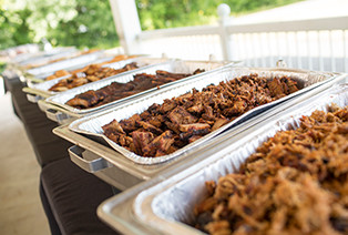 Wedding Catering Company Avon OH - Famous Dave's - catering-delivery